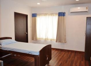 Patient Room at SuVitas